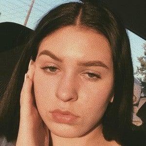 Alena Correale Headshot 3 of 8