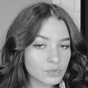 Alena Correale Headshot 5 of 8