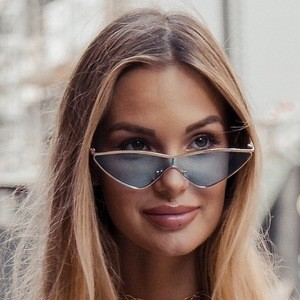 Alena Nazarova 2 of 7