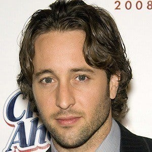 Alex O'Loughlin 3 of 6