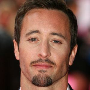 Alex O'Loughlin 7 of 10