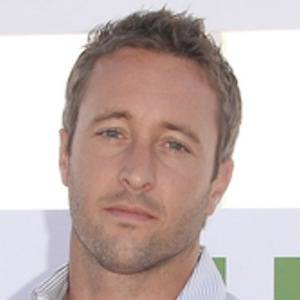 Alex O'Loughlin 8 of 10