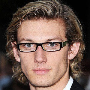 Alex Pettyfer 3 of 10