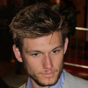 Alex Pettyfer 7 of 10