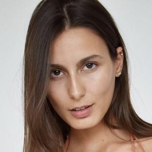 Alexa Ferrer 4 of 7