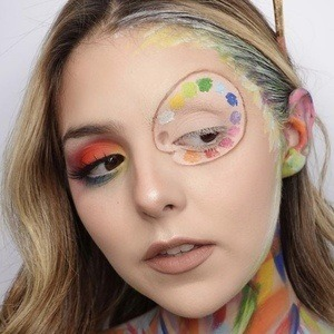 Alexa Gabriella Headshot 2 of 10