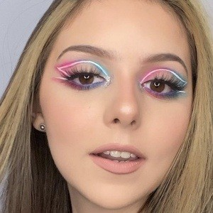 Alexa Gabriella Headshot 10 of 10