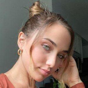 Alexa Gebhardt 7 of 10