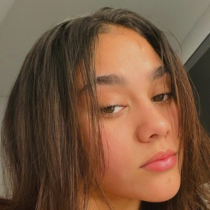 Alexa Montes Headshot 8 of 10