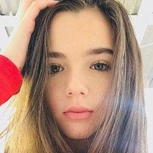 Alexa Nisenson 4 of 6