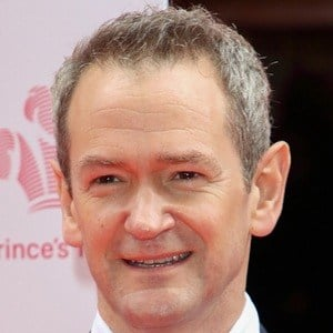 Alexander Armstrong 6 of 8