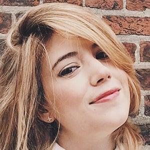 Alexandra Bracken 6 of 6