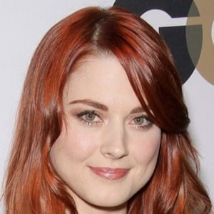 Alexandra Breckenridge 5 of 10