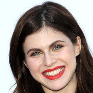 Alexandra Daddario 9 of 10