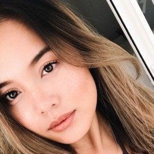 Alexandra Hoang 4 of 10