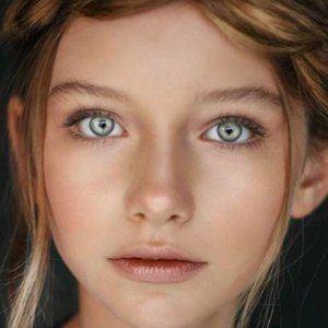 Alexandra Lenarchyk 3 of 10