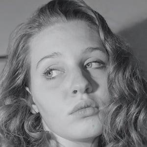 Alexandra Nolan 2 of 3