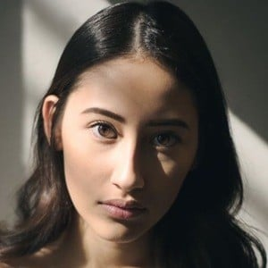 Alexandra Porat 5 of 6