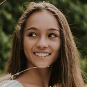 Alexia Barnechea 5 of 8