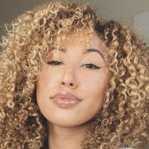 Alexis Nicole 2 of 7