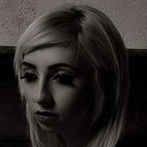 Alexis Spiegel 4 of 8