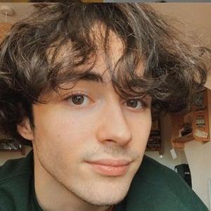Alfie Templeman Headshot 9 of 10