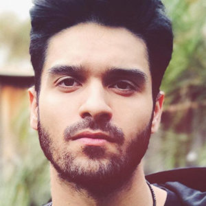 Ali Shanawar 4 of 6
