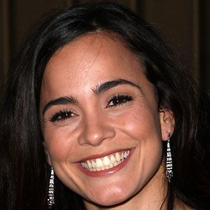 Alice Braga 2 of 5