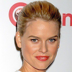 Alice Eve 3 of 10