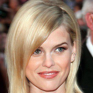 Alice Eve 5 of 10