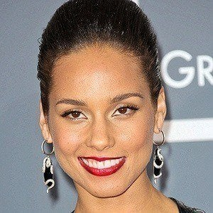Alicia Keys 2 of 10