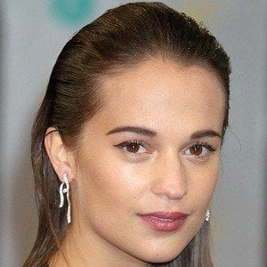 Alicia Vikander 3 of 8