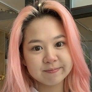 Alina Kim Headshot 3 of 10