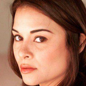 Alisa Reyes 5 of 10