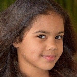 Alison Fernandez 5 of 7