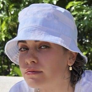 Alissa Butt Headshot 9 of 10