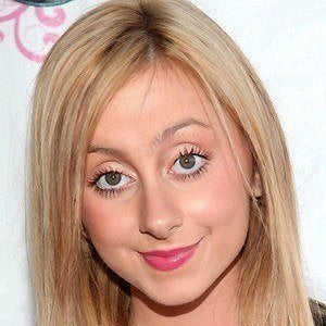 Allisyn Ashley Arm 4 of 8
