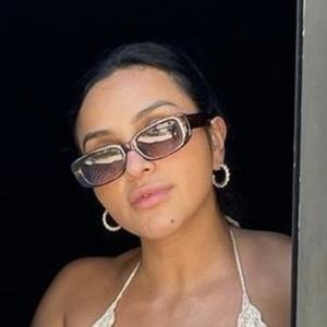 Alma Ramirez Headshot 10 of 10