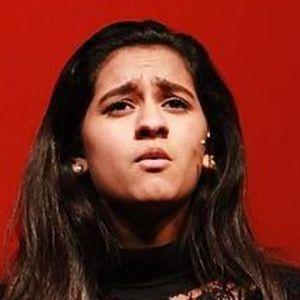 Alyssa Raghu 4 of 6