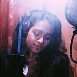 Alyssa Raghu 5 of 6