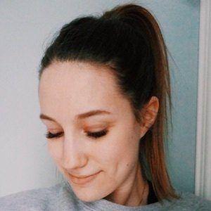 Amélie Barbeau 9 of 10