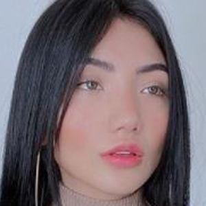 Nicole Amado 8 of 10