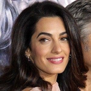Amal Clooney 4 of 6