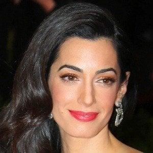 Amal Clooney 5 of 6