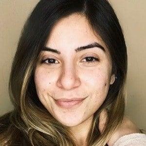 Amanda Awadis Headshot 4 of 10