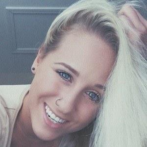 Amanda Edlen 2 of 7