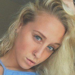 Amanda Edlen 4 of 7