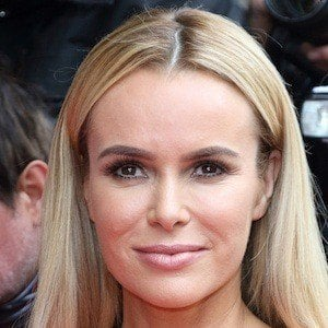 Amanda Holden 8 of 10