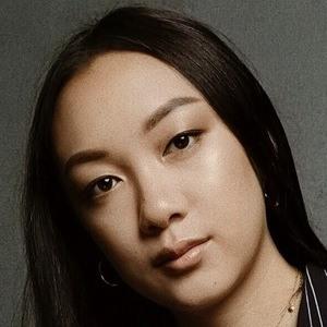Amanda Lee 6 of 9
