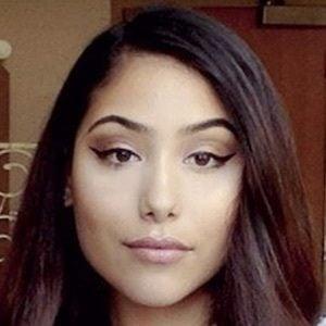 Amanda Magana 4 of 9